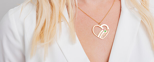 Mother necklace on a Solo Mio Jewellery model